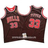 Maillot Chicago Bulls Scottie Pippen No 33 Mitchell & Ness Noir